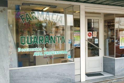 Frente de la Farmacia Quaranta